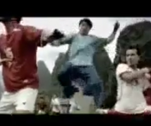 Yao Ming and Jackie Chan – Visa Funny Commercial