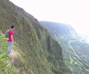 Ridge Hiking in Hawaii